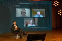 Panel-dyskusyjny_Mike-Wood-Debbie-Wills-ukasz-Januszkiewicz